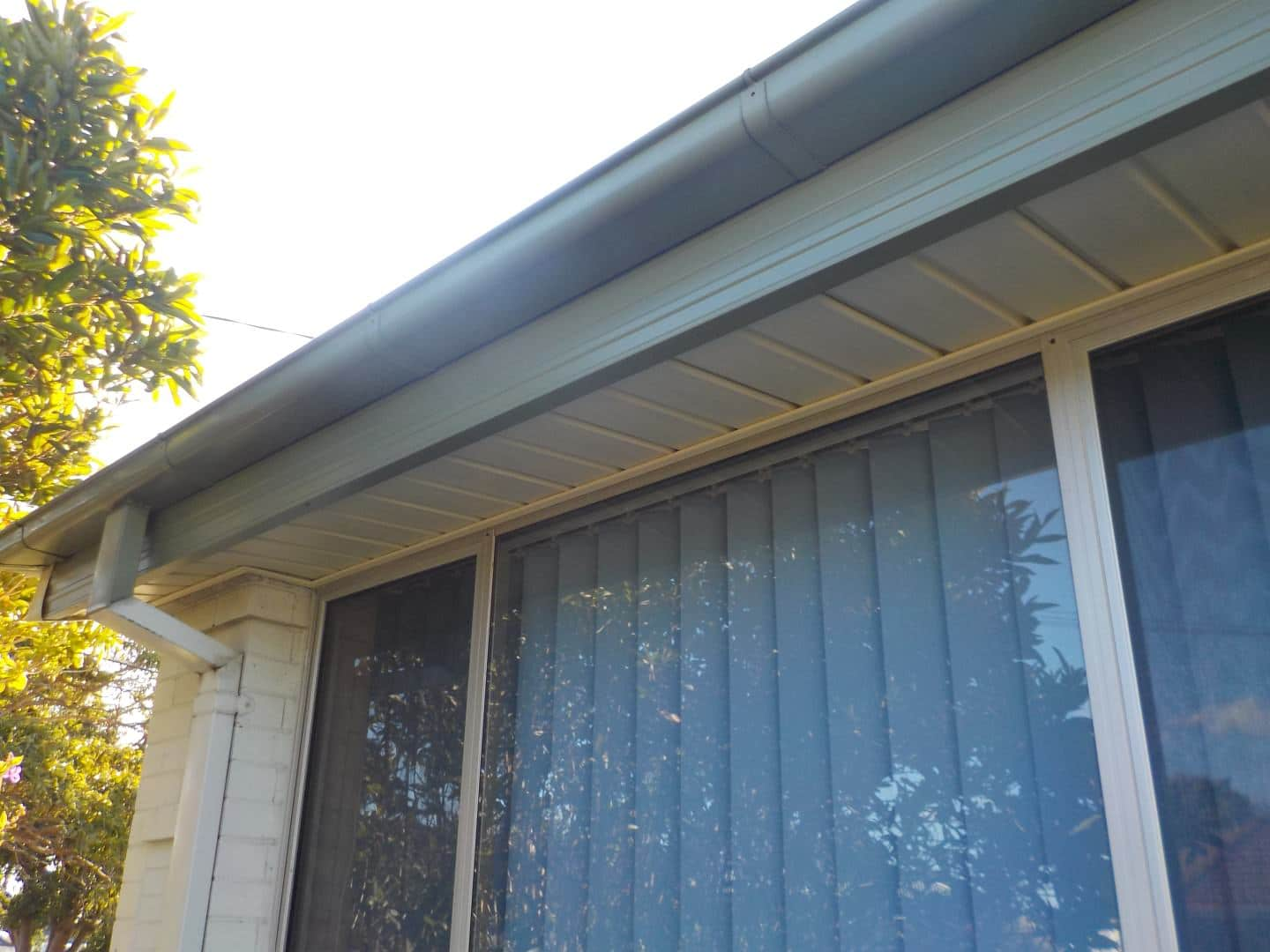 Scholley St Matyfield Ace gutter and fascia cover - Vinyl Wall Cladding Projects - Forever Boards